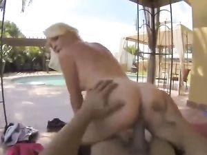 Slutty Blonde Sucking Dick In The Car For His Pleasure