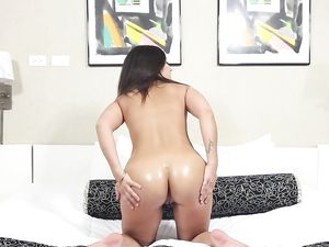 Amateur Fuck Slut Takes A Load On Her Stomach