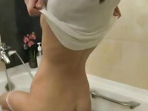 Bathing Teenager Has An Incredible Pair Of Tits
