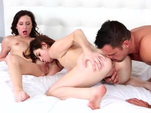 Cock Worshiping Girls Try Out Cum Swapping Fun