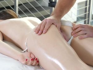 Massaging A Bikini Girl And Fucking Her Shaved Pussy