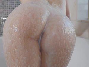Bigger Is Better For Porn Cutie Kylie Quinn
