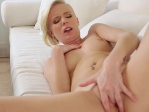 Young And Horny Girl Elaina Raye Gets The Sex She Craves