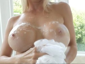 Perfect Milf Body Satisfied By A Big Cock