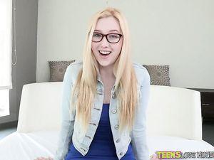 Massive Dick Fucks Cute Pornstar Samantha Rone